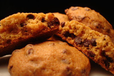 pumpkin_chocolate_chip_cookie